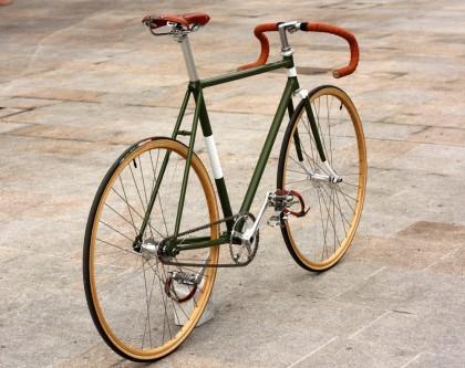 Bicicletta a scattofisso in vendita