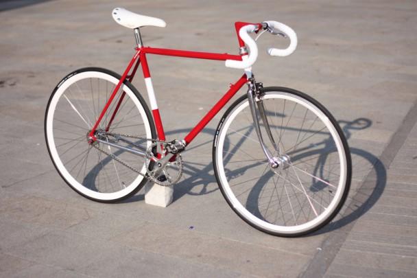 Bici corsa vintage convertita in singlespeed