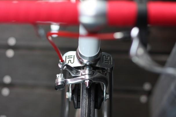 Freno anteriore su bici fissa