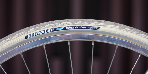Schwalbe Delta Cruiser bianco panna