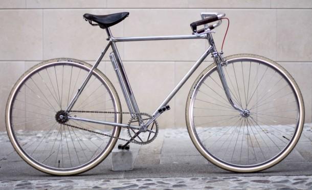 bici scatto fisso per beneficenza