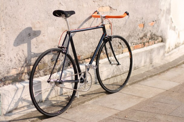 Bici single speed con freni